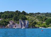 Een ruïne in Polace op Mljet in Kroatië Royalty-vrije Stock Afbeelding