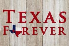 Een rustiek oud Texas Forever-bericht stock afbeeldingen