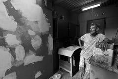 Een schilder die tijdens zijn onderbreking rusten Royalty-vrije Stock Fotografie
