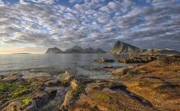 Een schilderachtig landschap van lofoten eilanden, noordelijk Noorwegen Royalty-vrije Stock Afbeelding