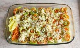 Een schotel van geassorteerde groenten Stock Fotografie