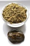 Een selectie van diverse natuurlijke henna & x28; Lawsonia inermis& x29; de kleurstoffen nat mengsel van de haarkleur op wit royalty-vrije stock afbeeldingen