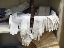 Een selectie van oude handschoenen 1800 ' S Stock Afbeelding