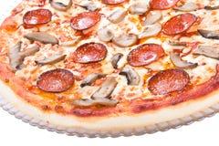 Een smakelijke pizza met paddestoelen Royalty-vrije Stock Afbeelding
