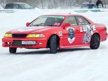 Een sportwagen voor de concurrentie het Afdrijven Stock Fotografie