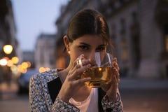 Een staatsgreep van thee stock afbeeldingen