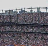 een stadionhoogtepunt van mensen openlucht royalty-vrije stock afbeelding