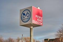 Een stadsnetwerk van huurfietsen, Nextbike is meer en meer populair onder de burgers van Glasgow, die een goedkope en snelle mani royalty-vrije stock afbeeldingen