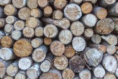 Een stapel van brandhout stock foto