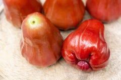 Een stapel van djamboevruchten, Djamboevrucht is fruitaroma's van snoepje en Royalty-vrije Stock Foto