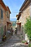Een steeg in het dorp van Atina in Italië royalty-vrije stock foto's