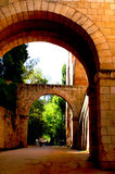 Een steen archs deel van de Alhambra vesting in Granada Stock Foto's