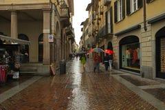 Een straat in Lugano stad, Zwitserland royalty-vrije stock afbeelding