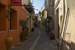 Een straat in Rethymno, Kreta, Griekenland royalty-vrije stock fotografie