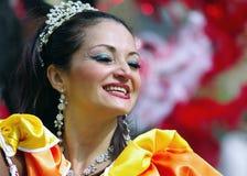 Een straatdanser bij de Heuvel Carnaval van Londen Notting Royalty-vrije Stock Afbeeldingen