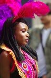 Een straatdanser bij de Heuvel Carnaval van Londen Notting royalty-vrije stock fotografie