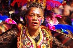 Een straatdanser bij de Heuvel Carnaval van Londen Notting Stock Fotografie