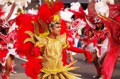 Een straatdanser bij de Heuvel Carnaval van Londen Notting royalty-vrije stock foto