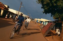 Een straatscène in Oeganda. Royalty-vrije Stock Fotografie