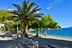 Een strand in Drvenik, Kroatië Stock Foto's
