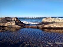Een stuk van Baikal door de boom royalty-vrije stock afbeeldingen