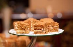 Een stuk van zoete cake Royalty-vrije Stock Afbeeldingen