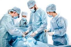 Een team van artsen in de werkende ruimte Royalty-vrije Stock Afbeelding