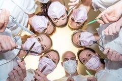 Een team van tandartsen Stock Afbeeldingen
