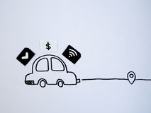 Een tekeningsauto en een klein die document als SIM-kaart wordt gesimuleerd Dollar, w Royalty-vrije Stock Foto's