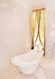 Een ton in de badkamers Stock Afbeeldingen