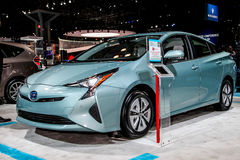 Een Toyota Prius-tentoongesteld voorwerp bij 2016 New York Internationaal Autos Stock Fotografie