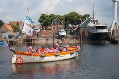 Een traditioneel zeeliedenkoor dat een baraklied zingt Royalty-vrije Stock Foto's
