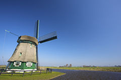Een traditionele Windmolen in Holland voor watermanagem Royalty-vrije Stock Afbeelding