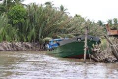 Een trillende Natte bootmarkt op het Deltasouther van Makong deel van het land waar de belangrijkste industrie bewerkt stock foto