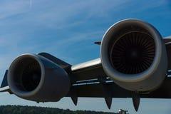 Een turbojet Pratt & Whitney f117-pw-100 van een strategische en tactische airlifter Boeing c-17 Globemaster III Royalty-vrije Stock Fotografie