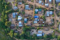 Een typisch Birmaans dorp in Bagan Pagan hierboven wordt gezien dat van, Mandalay, Myanmar stock afbeelding