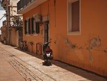 Een typische straat in Zante-Stad royalty-vrije stock foto
