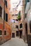 Een typische Venetiaanse Mening royalty-vrije stock afbeeldingen