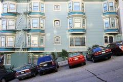 Een typische weg van San Francisco Stock Foto's