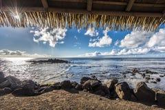 Een venster op de oceaan van Hanga Roa royalty-vrije stock foto's