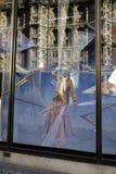 Een venstervertoning die een ledenpop tonen Royalty-vrije Stock Fotografie