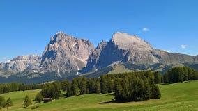 Een verbazende titel van het dolomiet van Trento Italië royalty-vrije stock afbeelding