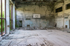 Een verlaten gymnastiek in Tchernobyl Stock Foto's