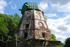 Een verlaten molen Royalty-vrije Stock Foto's