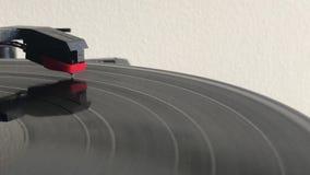 Een verslag vinylspeler stock videobeelden