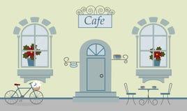 Een voorgevel van koffie, twee vensters, deur, treden, rode bloemen vector illustratie