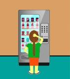 Een vrouw die in machine een drank kiest Royalty-vrije Stock Afbeeldingen