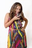 Een wellustig brunette met een glas rode wijn Royalty-vrije Stock Fotografie