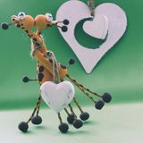 Een wit hart voor twee giraffen Stock Afbeeldingen