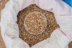 Een zak Thaise graangewassenzaden voor verkoop Stock Afbeelding